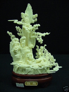 Picture of HAND CARVED BONE MONKEYS MOUNTAIN (0312J2)