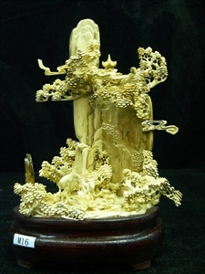 Picture of IVORY GIRAFF AND HORSE (M16)