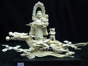 Picture of BONE KWANYIN RIDING DRAGON (0403A3)