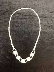 Picture of Bone Flower Necklace (2125)