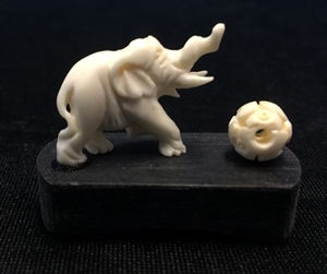 Picture of Bone Single Elephant with Ball 9608