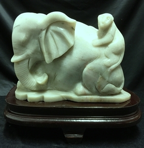 Picture of Jade Elephant with Monkey (LX11)